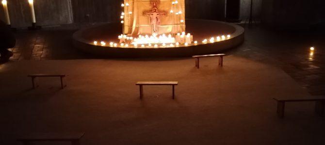Gebet mit Taizé-Gesängen für zu Hause